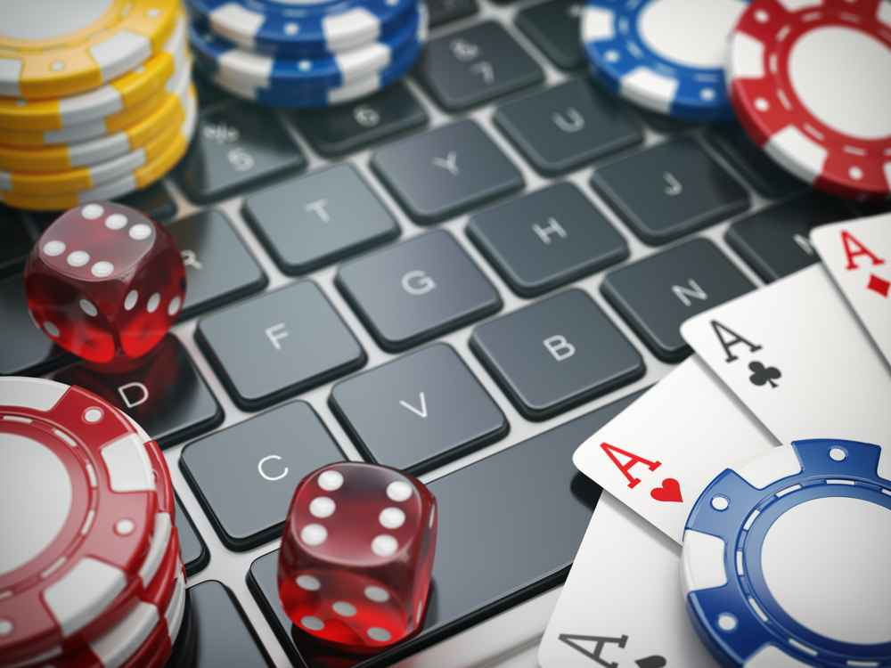 online-gambling-laptop